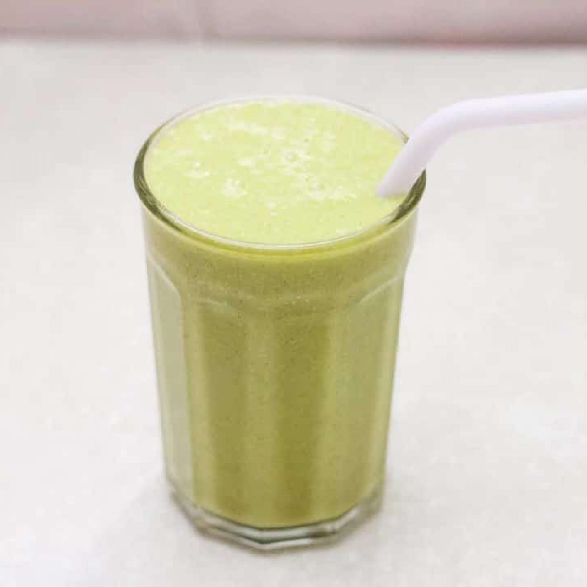 might-green-smoothie-1